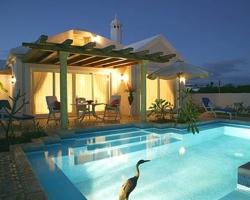 Habitaciones con piscina privada en islas canarias for Vacaciones en villas con piscina