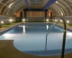 Hoteles con piscina climatizada en sevilla - Piscinas cubiertas sevilla ...