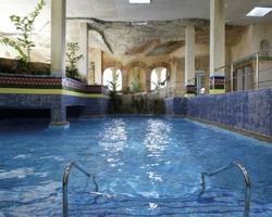Hoteles con piscina climatizada en granada for Hoteles con piscina climatizada