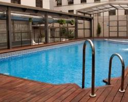 Hoteles con piscina climatizada en malaga for Piscina climatizada valencia