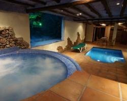 Hoteles con piscina climatizada en malaga for Hoteles en mallorca con piscina climatizada